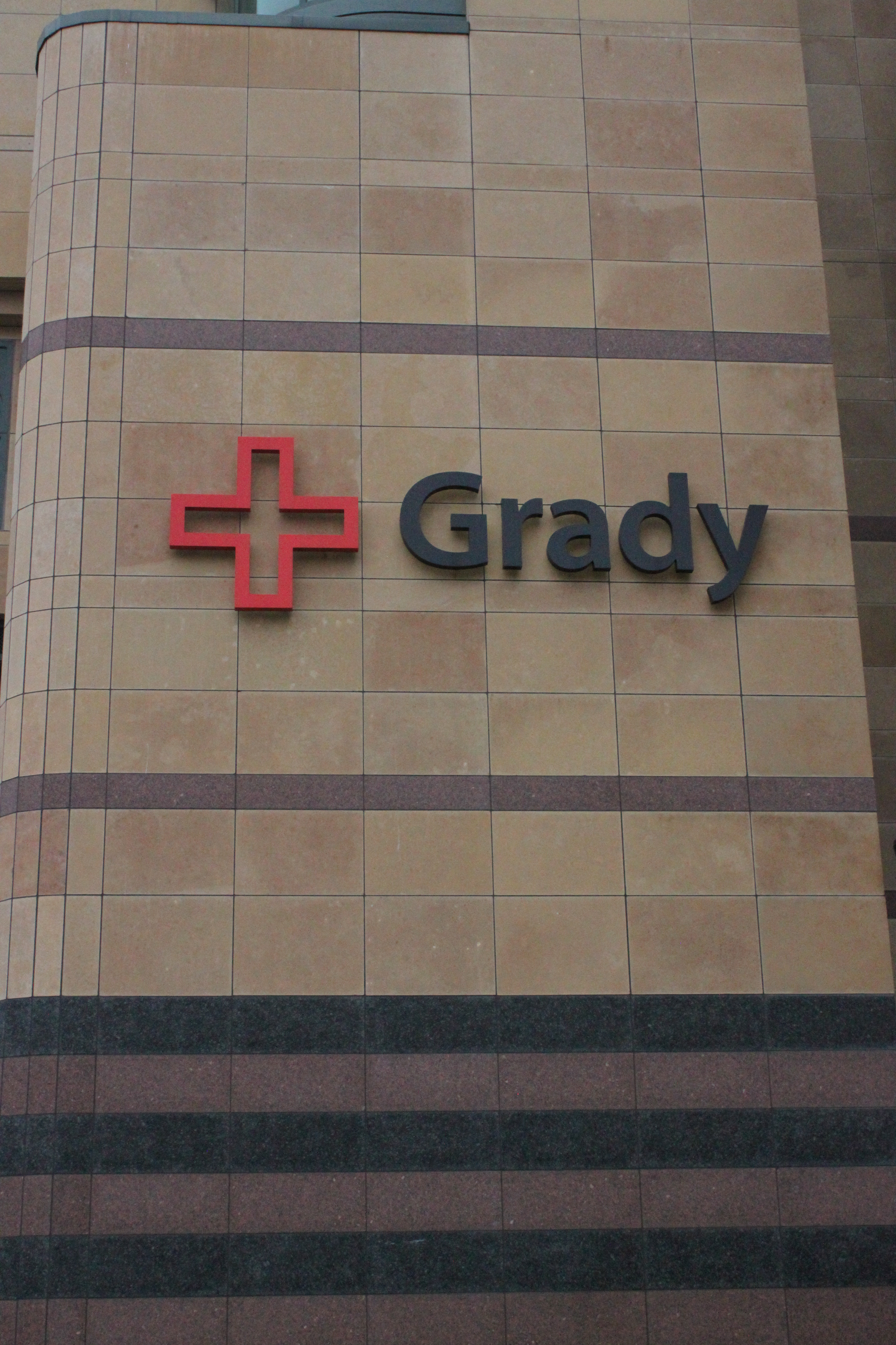 Grady memorial offering emt training for college students the signal grady memorial hospital bridges the gap between college students and medical professionals by providing specialized emt 1betcityfo Gallery