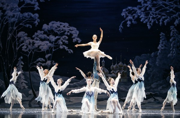 Atlanta Ballet's Nutcracker – Act 1 Snow Scene – Photo by C. McCullers