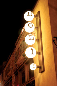 Noni's sign