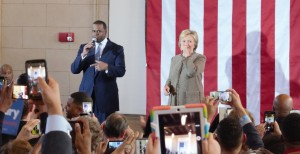 DRUM ROLL: Atlanta Mayor Kasim Reed introduces Democratic Primary Front-Runner Hillary Clinton at a campaign stop in Atlanta City Hall, Feb. 26, 2016.   Photo by Sean Keenan | The Signal