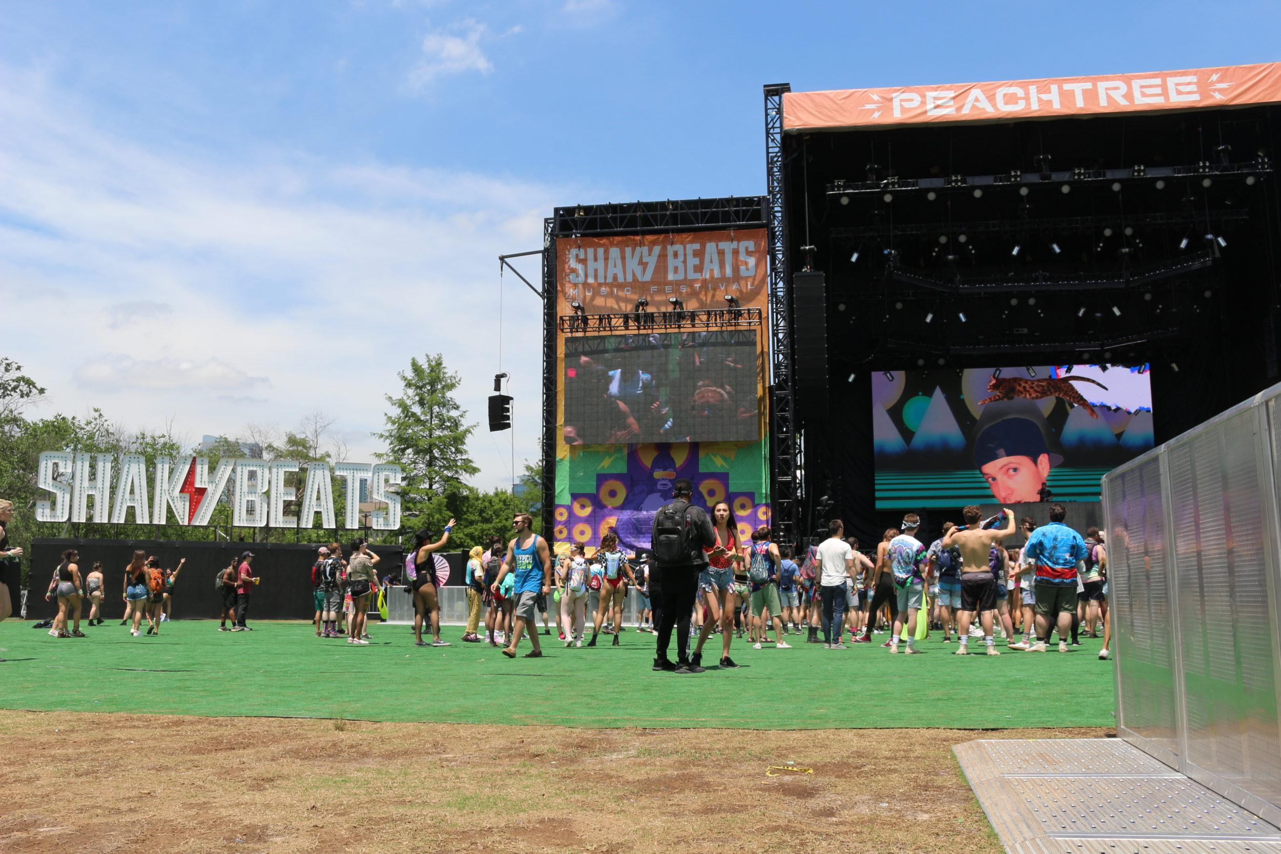 Shaky Beats 2019 entrance