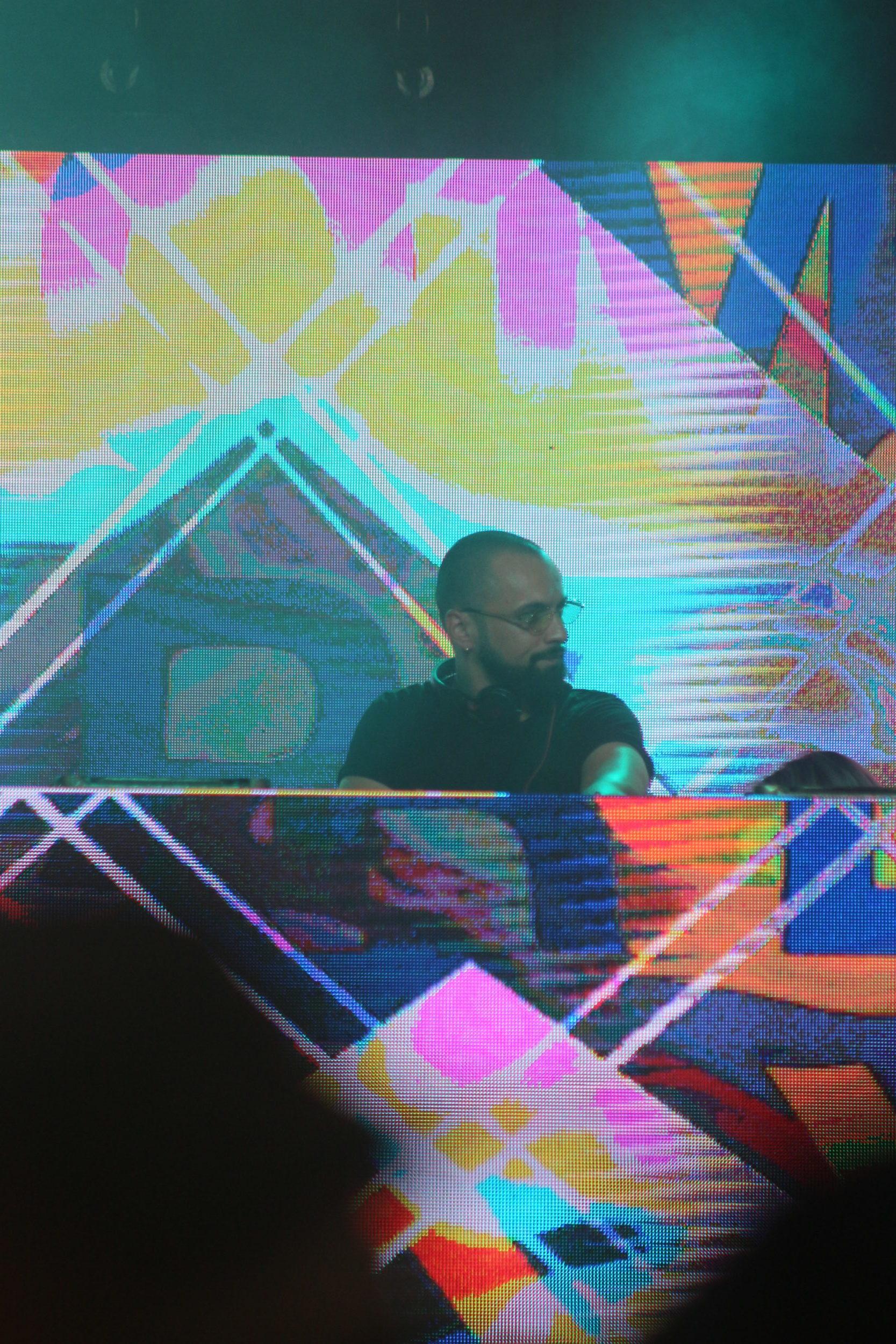 Dombresky performs at Shaky Beats 2019